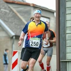 89. Suurjooks ümber Viljandi järve - Arnis Sulmeisters (250)