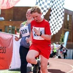 MyFitness Viimsi Jooks - Anni Antonis (210), Erik Kask (266)