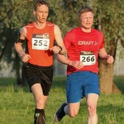 Õhtujooks II etapp - Einar Pihlap (252), Marti Soosaar (266)