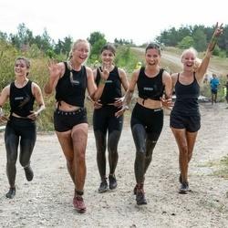 MyFitness Madness Race Keila - Maiya Noelle Gawley (125), Danii Uusoja (126)