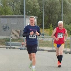 Skechers Suvejooks - Andre Maisiväli (280), Avo Reimets (353)