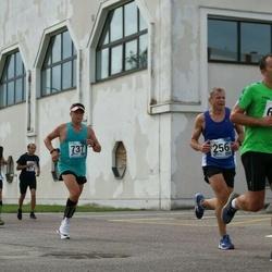 46. jooks ümber Ülemiste järve - Richard Leemits (256), Kaido Koppel (737)