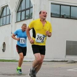 46. jooks ümber Ülemiste järve - Villu Uibo (263), Ago Võhmar (710)