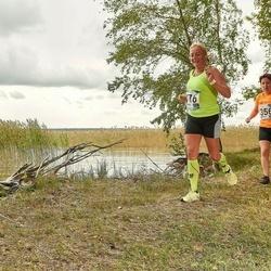 46. jooks ümber Ülemiste järve - Margit Peebo (116), Agnes Siniorg (356)