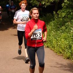 42. ümber Harku järve jooks - Karin Jesse (272), Agne Kaur (763)