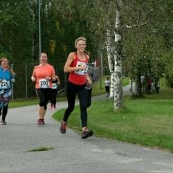 46. jooks ümber Ülemiste järve - Virve Palu (202), Agnes Palm (557)