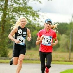 46. jooks ümber Ülemiste järve - Margit Udikas-Susi (63), Adele Tamberg (162)
