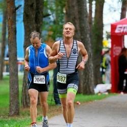 Triathlon Estonia - Märt Kivila (1037), Tõnu Aamisepp (2040)