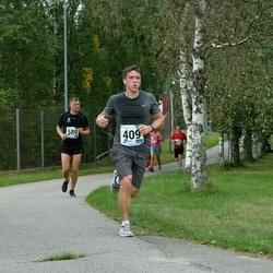 46. jooks ümber Ülemiste järve - Arle Junolainen (409), Tauri Raja (589)