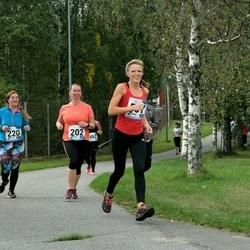 46. jooks ümber Ülemiste järve - Virve Palu (202), Kädi Laine (220), Agnes Palm (557)