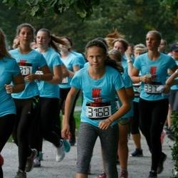 Nike Noortejooks/ We Run Tallinn - Saskia Olesk (2993), Anna Maria Tottrup (3168)