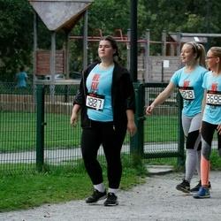 Nike Noortejooks/ We Run Tallinn - Johanna-Maria Lõhmussaar (1807), Katarina Treilmann (2696), Adeele Katriin Seljamäe (3018)