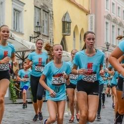 Nike Noortejooks/ We Run Tallinn - Agne Bauman (2056), Greete Kõiv (2457), Katarina Põldur (3599)