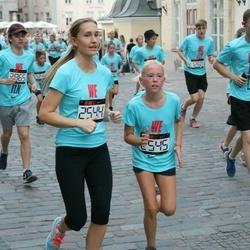 Nike Noortejooks/ We Run Tallinn - Agne Väljaots (2544), Emma Sophia Pukk (2545)
