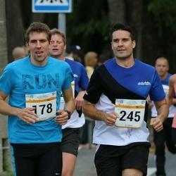 Tallinna Maratoni Sügisjooks 10 km - Aarne Nirk (178), Endel Jänes (245)