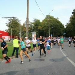 Tallinna Maratoni Sügisjooks 10 km - Björn Moritz (569), Bogdan Tkatšuk (3515), Lissell Kangur (4135)