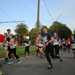 Tallinna Maratoni Sügisjooks 10 km - Angelina Ganijeva (1696), Arno Lauk (5113)