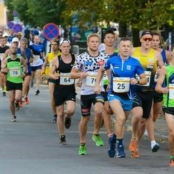 Tallinna Maratoni Sügisjooks 10 km - Ain Kilk (25), Franko Reinhold (64), Risto Vaher (79)