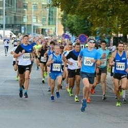 Tallinna Maratoni Sügisjooks 10 km - Markus Lepmets (207), Agu Lehemaa (5187), Kaspar Päärson (6066)