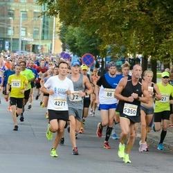 Tallinna Maratoni Sügisjooks 10 km - Armin Allmäe (4271), Dmitriy Petrov (5350)