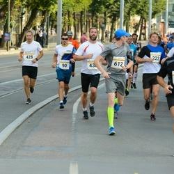 Tallinna Maratoni Sügisjooks 10 km - Juri Nikitin (90), Priit Tannik (428), Tauri Põlda (612)
