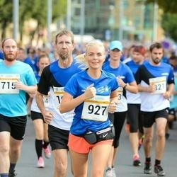 Tallinna Maratoni Sügisjooks 10 km - Kadi Priimägi (927)