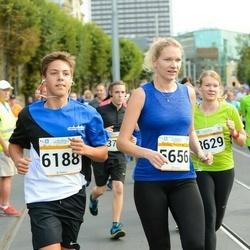 Tallinna Maratoni Sügisjooks 10 km - Laidi Mäeots (5656), Artjom Sahpazov (6188)