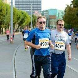 Tallinna Maratoni Sügisjooks 10 km - Ari Ollila (4899), Teijo Myllylä (4900)