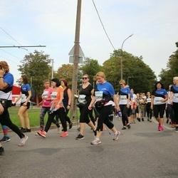 Tallinna Maratoni Sügisjooks 10 km - Anneliis Peitel (1088), Hellika Kirt (10919), Agnieszka Mozejko-Vuollet (11959), Satu Kataja (12494)