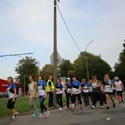 Tallinna Maratoni Sügisjooks 10 km - Kaja Kulper (10431), Olga Makejeva (10446), Katre Rebane (10468), Aare Tatjana (10485)