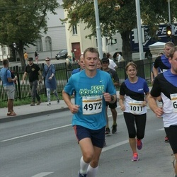 Tallinna Maratoni Sügisjooks 10 km - Inge Roose (1011), Arlis Pipenberg (4972)