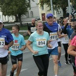 Tallinna Maratoni Sügisjooks 10 km - Anna-Maria Antsmäe (894), Priit Pirn (4915)