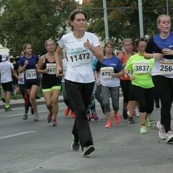 Tallinna Maratoni Sügisjooks 10 km - Anna Tsysina (3837), Katrin Saidla (11472)