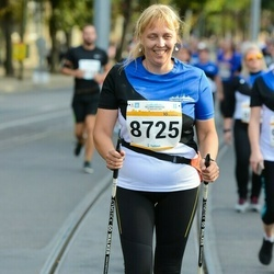 Tallinna Maratoni Sügisjooks 10 km - Annely Põldaru (8725)