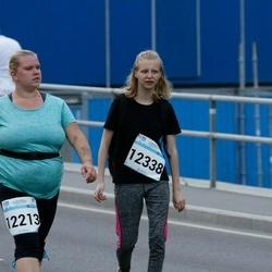 Tallinna Maratoni Sügisjooks 10 km - Marleen Säinas (12213), Brita Marleen Reisner (12338)