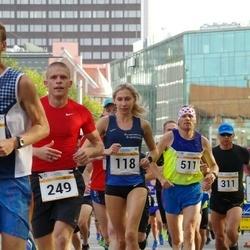 Tallinna Maratoni Sügisjooks 10 km - Helin Meier (118), Arno Kärg (249), Sander Osvet (511)