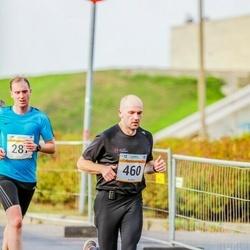 Tallinna Maratoni Sügisjooks 10 km - Raimo Tropp (287), Andi Piliste (460)
