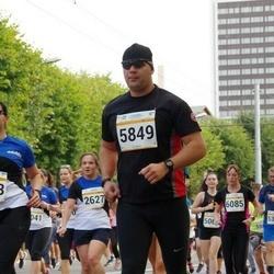 Tallinna Maratoni Sügisjooks 10 km - Arno Kender (5849)