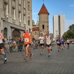 Tallinna Maratoni Sügisjooks 10 km - Kristjan Koll (66), Peep Joonas (111), Armin Allmäe (4271)
