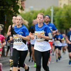 Tallinna Maratoni Sügisjooks 10 km - Anna Tolstoukhova (3155), Anni Pallav (5640)