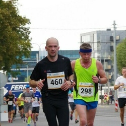 Tallinna Maratoni Sügisjooks 10 km - Sergei Petrov (298), Andi Piliste (460)