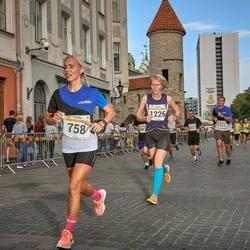 Tallinna Maratoni Sügisjooks 10 km - Evelin Umalas (758), Berit Grøtte (1226)
