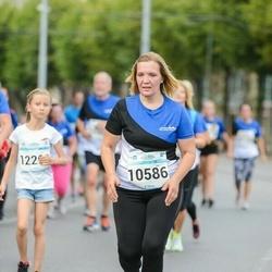 Tallinna Maratoni Sügisjooks 10 km - Anneli Rõhtjuk (10586)