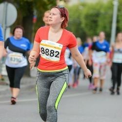 Tallinna Maratoni Sügisjooks 10 km - Annika Toom (8882)