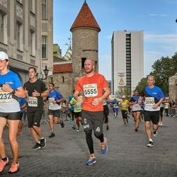 Tallinna Maratoni Sügisjooks 10 km - Aare Treier (3590), Nikolai Gorlov (5555)