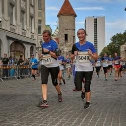 Tallinna Maratoni Sügisjooks 10 km - Siret Juhkam (1541), Aet Soonvald (6049)
