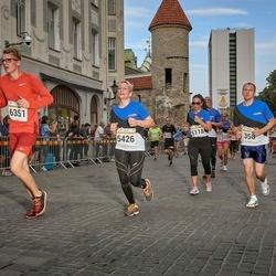 Tallinna Maratoni Sügisjooks 10 km - Sirlika Kampus (5118), Heli Jarovikov (5426), Art?rs Reinvalds (6351)