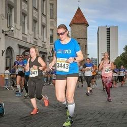 Tallinna Maratoni Sügisjooks 10 km - Monta Krilova (5661), Anna Hellstén (5947), Karel Uurits (6103)