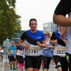 Tallinna Maratoni Sügisjooks 10 km - Annika Lepik (1787)