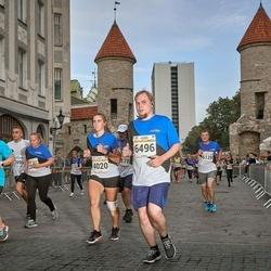 Tallinna Maratoni Sügisjooks 10 km - Anna-Liisa Tõnismäe (4020), Kristjan Tappel (6496)